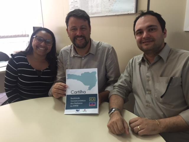 Pesquisa visa melhorar acolhimento aos haitianos em Santa Catarina