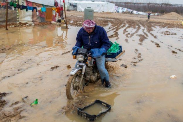 ACNUR pede doações para refugiados no Líbano