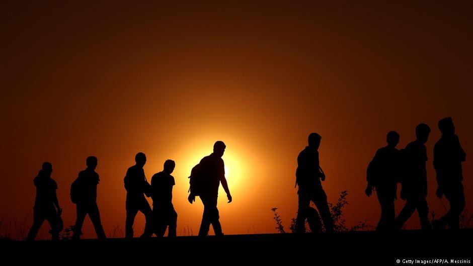 Migrantes e Refugiados – acolhê-los em sua busca pela Paz