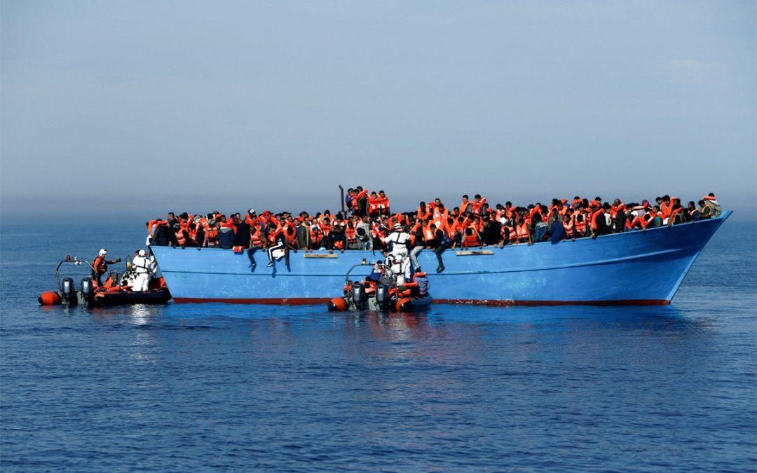 """União Europeia quer """"novo pacto"""" para lidar com imigrantes e refugiados"""