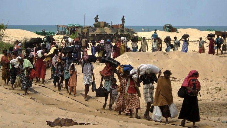 Quênia: Bispos se opõem ao fechamento de campos de refugiados
