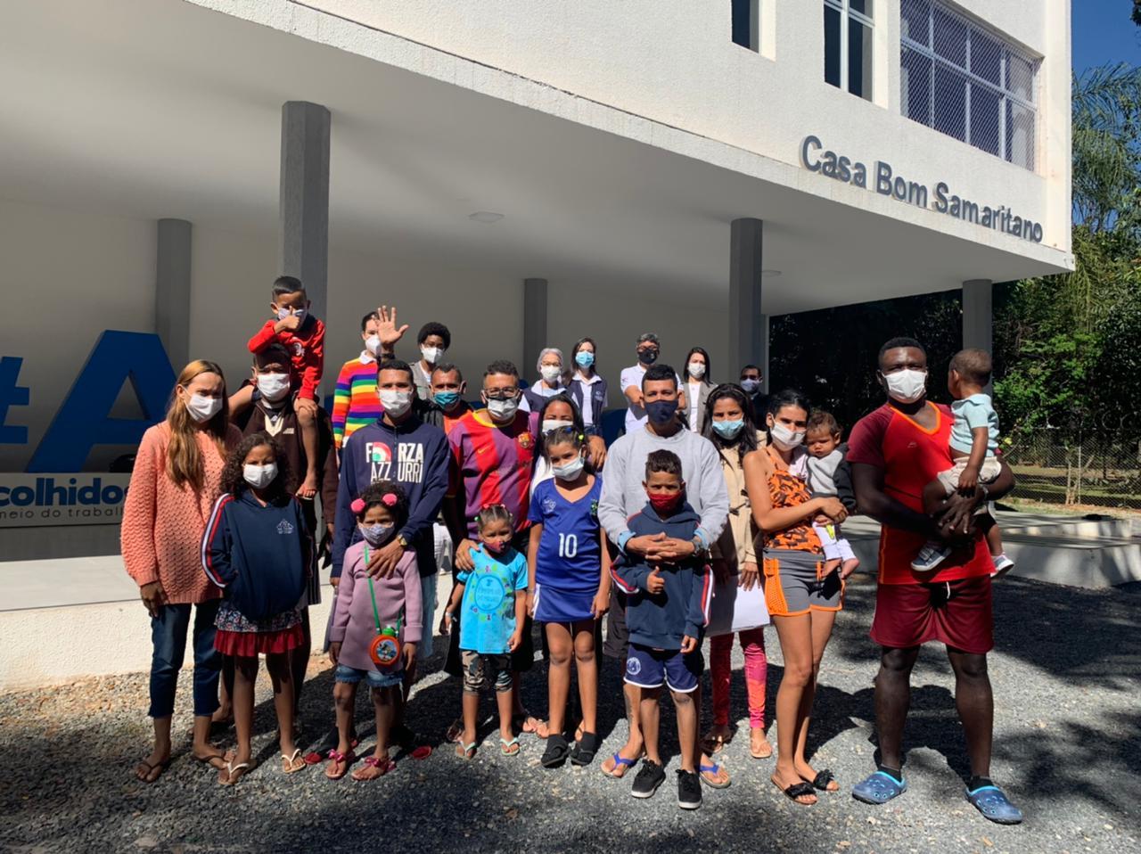Casa Bom Samaritano em Brasília (DF) acolhe o primeiro grupo de 19 migrantes Venezuelanos